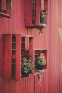 red shelving diy